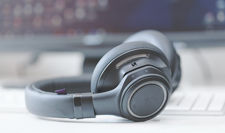 bluetooth headphones with active noise contro